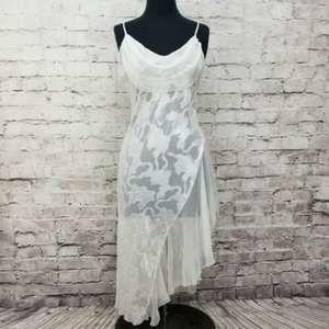 Vintage VS Gold Label Size L Bridal High Slit Gown